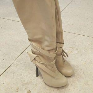 Stunning Dolce Vita Boot
